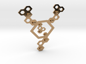 QeensNest pendant/necklace in Polished Brass