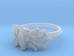 LisasModel in Smooth Fine Detail Plastic