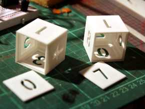 TestCube in White Strong & Flexible