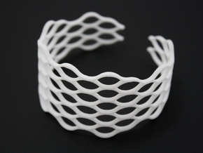 Mesh Bracelet - Large in White Natural Versatile Plastic