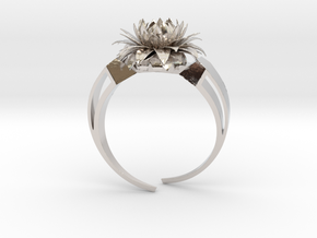 Aster Ring Stl in Rhodium Plated Brass