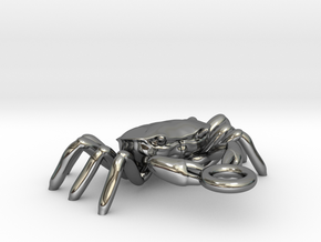 Crabs pendant in Fine Detail Polished Silver