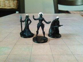 Drow Wizard in White Strong & Flexible