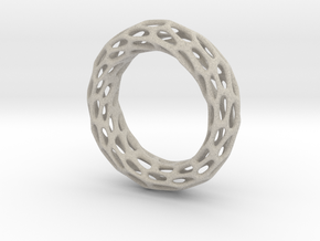 Trous Ring S 9.5 in Natural Sandstone