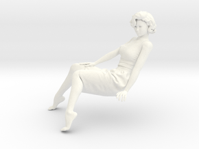 Lady sitting-014 scale 1/24 1/35 in White Processed Versatile Plastic: 1:24