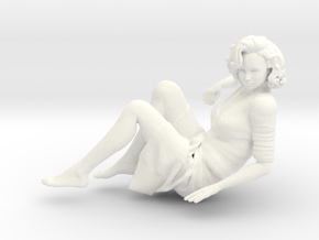 Lady sitting-008 scale 1/24 Passed in White Strong & Flexible Polished