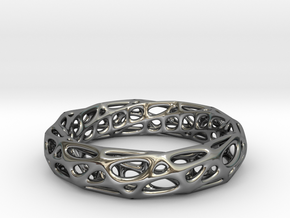 Mobius Band Voronoi Bracelet 65mm (002) in Fine Detail Polished Silver