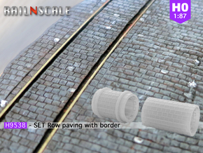 SET Row paving with border (H0) in Smooth Fine Detail Plastic