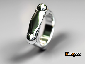 Quoc - Ring - US 9 - 19 mm inside diameter in Polished Silver