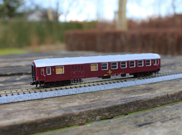 DSB Class BD coach N scale in Frosted Ultra Detail