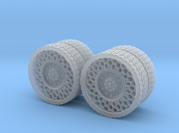 Airless Tires 1:35 - pattern 2 in Smooth Fine Detail Plastic