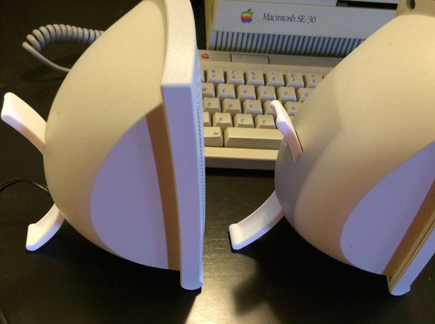 AppleDesign Powered Speakers II - replacement legs in White Strong & Flexible