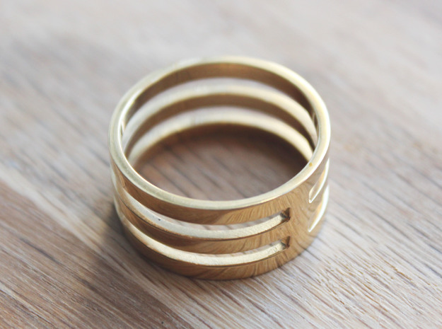Amon - Size 10 in Polished Brass