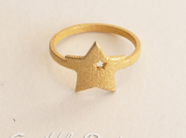 Kawaii Star Ring 2 Size 7 in Polished Gold Steel
