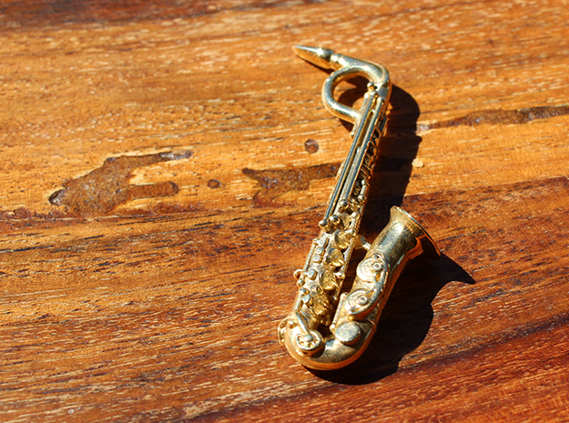 Saxophone Pendant in Polished Brass