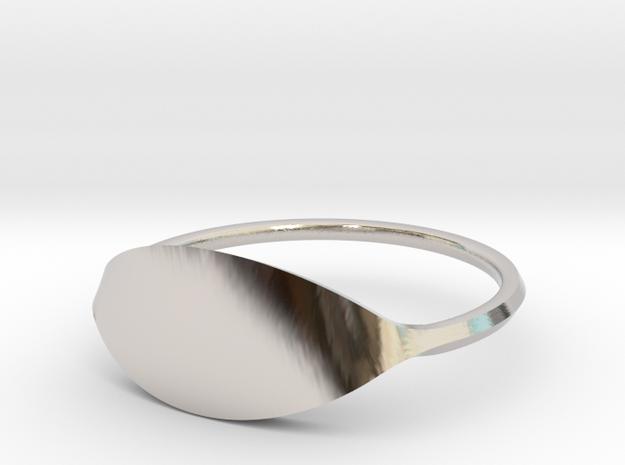 Eye Ring Size 7.5 in Platinum