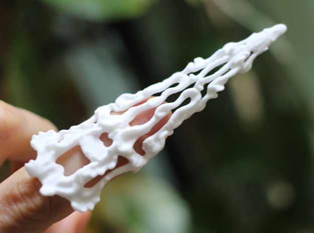 Claw Ring in White Natural Versatile Plastic