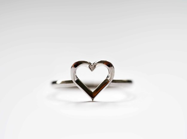Heartstrings Ring (US 6) in Fine Detail Polished Silver
