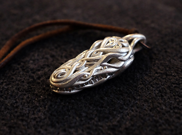 the Crocodile Head Pendant in Polished Silver