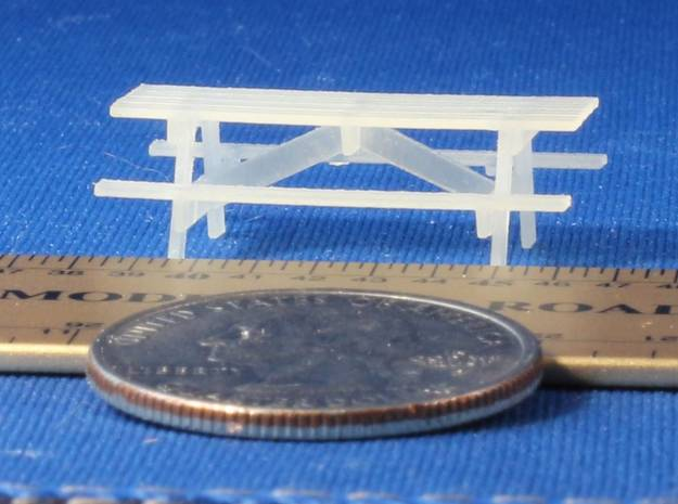 Pinic Tables HO Scale X6 in Smooth Fine Detail Plastic