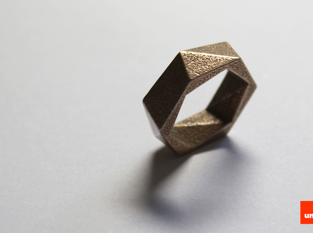 Twist-ring (medium) 3d printed In Stainless Steel