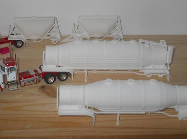 S-scale 1/64 Shorty Dry Bulk Trailer 07a - no axle 3d printed Some of my 1/64 models on a customers work-bench.