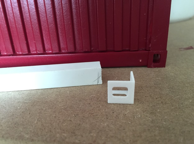 1:12 Shipping Container Edges in White Strong & Flexible Polished