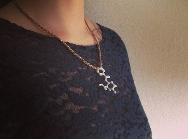 Cocaine Molecule Necklace Keychain 3d printed Cocaine molecule necklace.