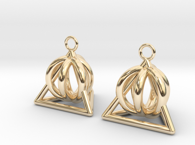 Pyramid triangle earrings serie 3 type 2 in 14k Gold Plated Brass