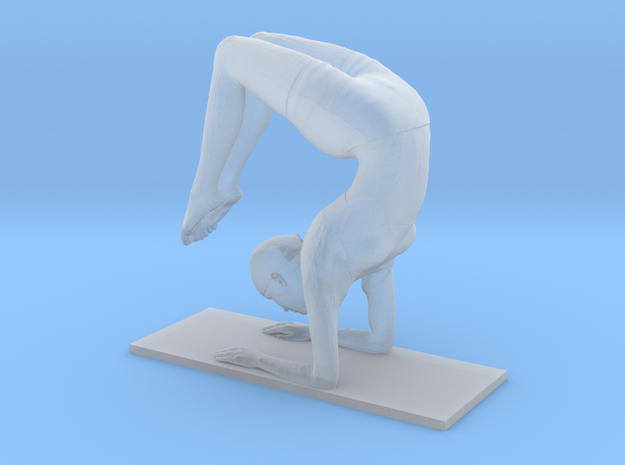 Scorpion handstand pose (2.5 cm) in Smooth Fine Detail Plastic