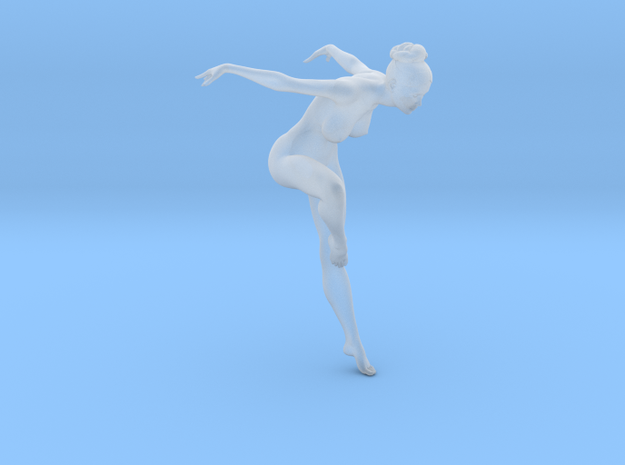 1/32 Nude Dancers 010 in Smooth Fine Detail Plastic