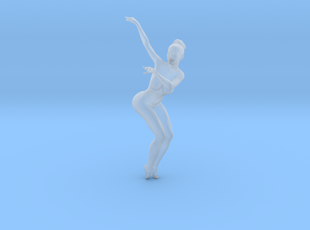 1/32 Nude Dancers 016 in Smooth Fine Detail Plastic