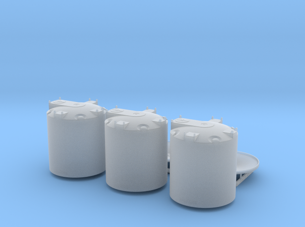 1/64 Cone Bottom water trailer 3 X 2500 gal in Smooth Fine Detail Plastic
