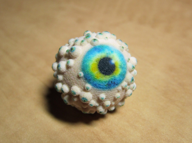 Freaky eyeball in Full Color Sandstone