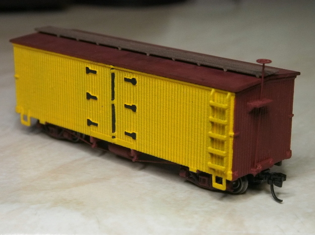 HOn30 25ft Reefer 3d printed Painted model,with added trucks,couplers,etc.Roof made from styrene sheet.