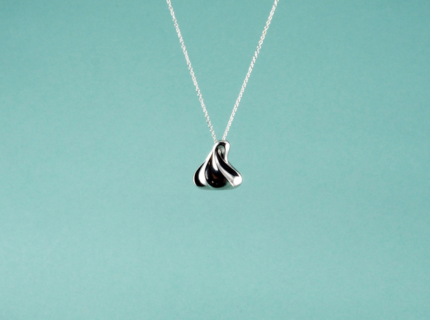 Meringue Pendant in Rhodium Plated