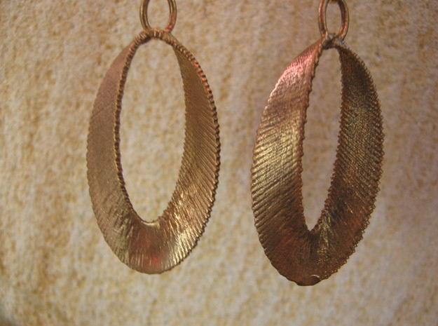 Sinusoidal 3 Earrings 3d printed