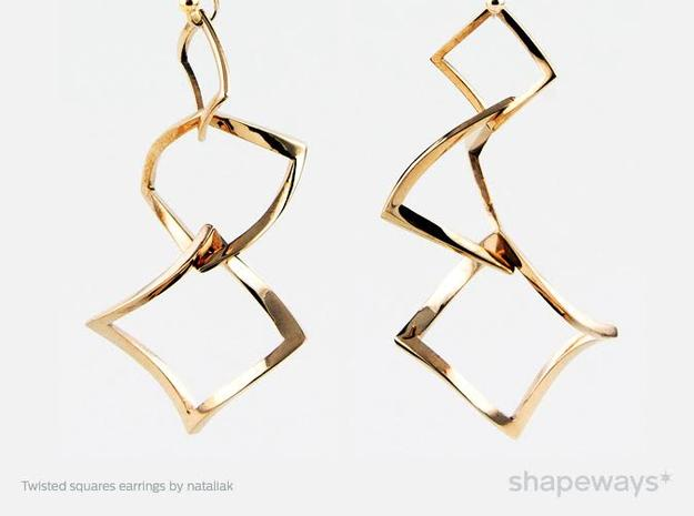 Twisted squares earrings in Polished Brass (Interlocking Parts)