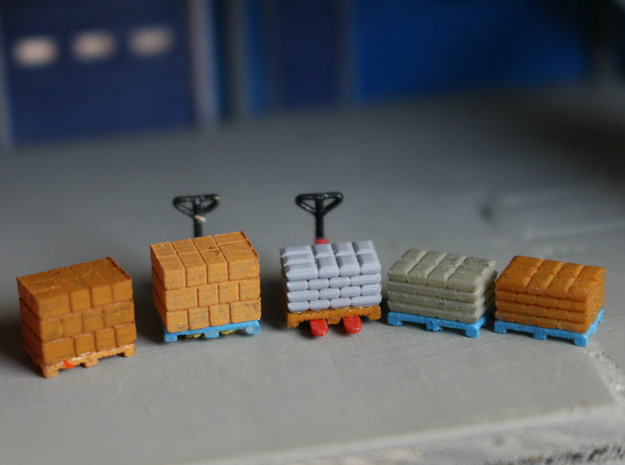 N Scale Pallets Freight Boxes Bags