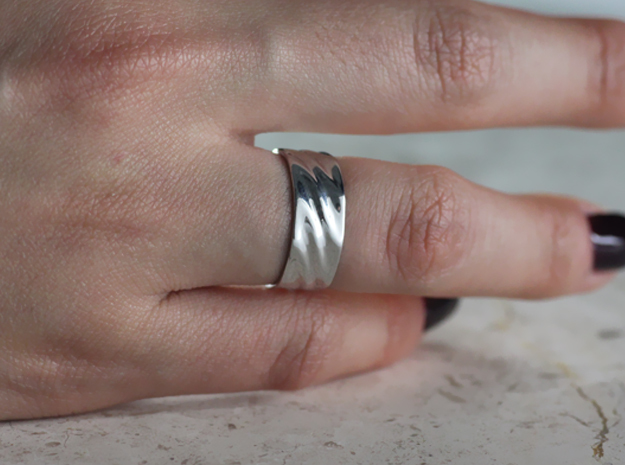 Ripple Ring in Rhodium Plated: 7 / 54
