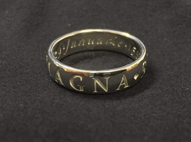 Size 8 Sir Francis Drake, Sic Parvis Magna Ring in Fine Detail Polished Silver