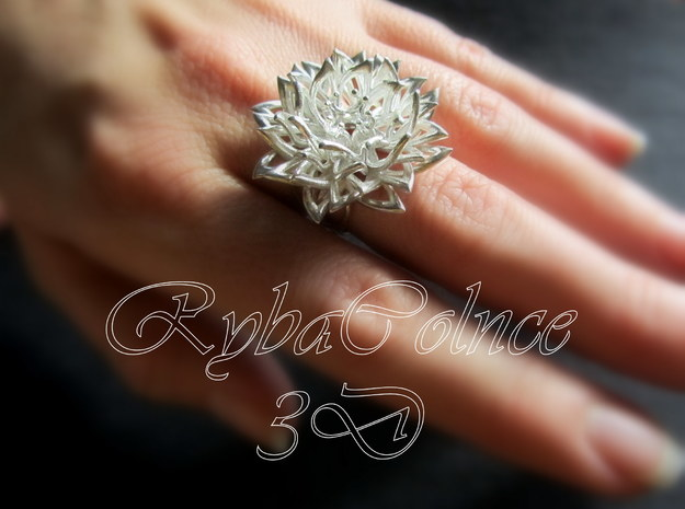 Ring The Chrysanthemum / size 9 1/2 US ( 19,4 mm) in Polished Silver