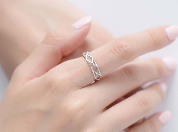 Unique Triangle Ring