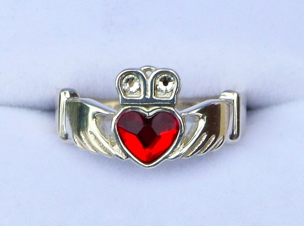 Claddagh With Gems Size 7