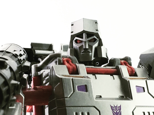 (2mm Screw) TR Faceplate & Helm for CW Megatron