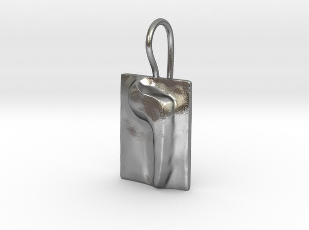 06 Vav Earring in Natural Silver