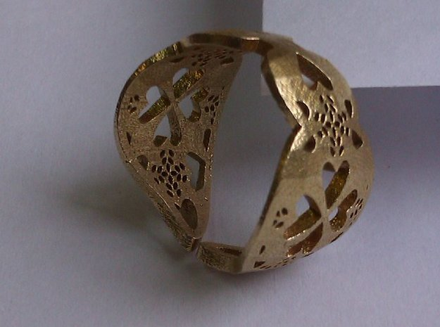 Ring Coracao Viana in Raw Brass