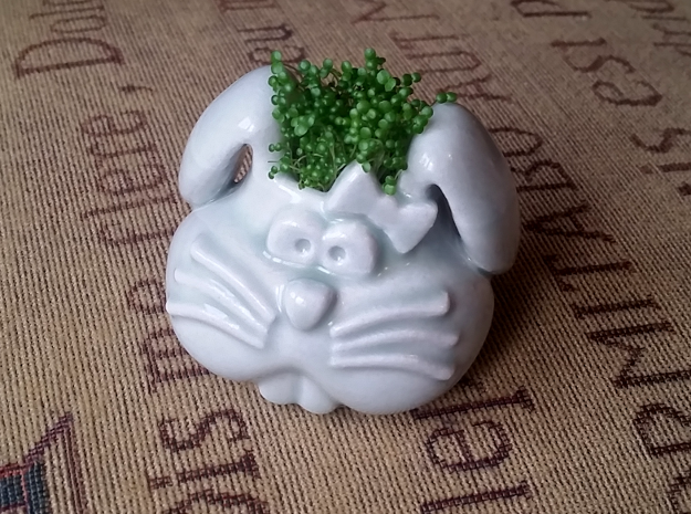 Bunny Planter in Gloss Celadon Green Porcelain