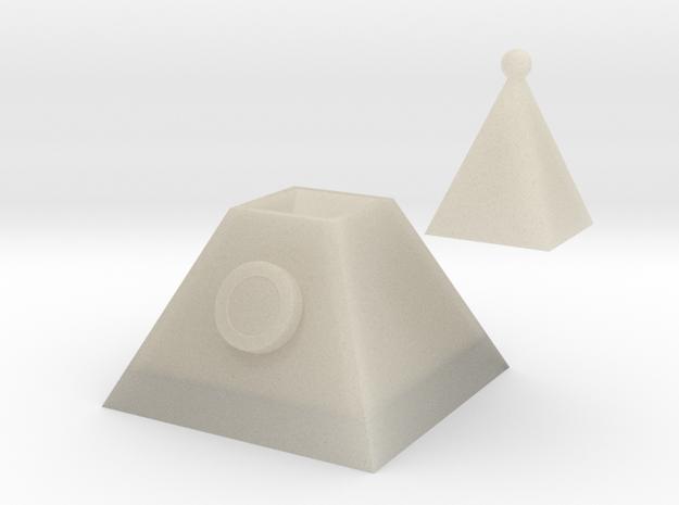 105107213詹雯婷(三角形) in White Acrylic