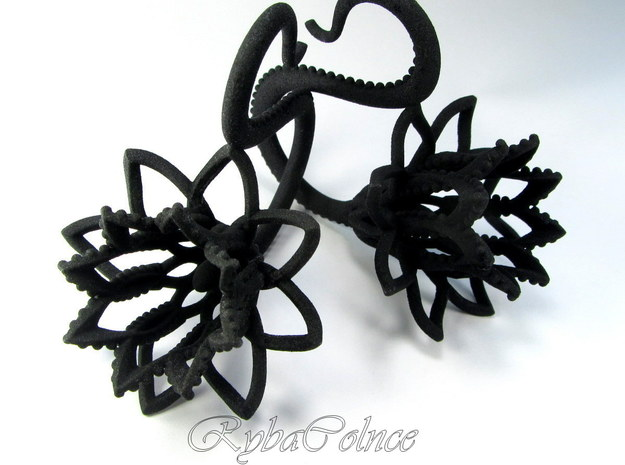 Plugs / gauges/ 4g (5 mm) in Black Natural Versatile Plastic
